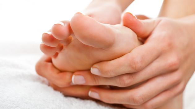 Como aliviar los dolores en los pies