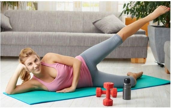 Ejercicios de entrenamiento para mujeres en casa